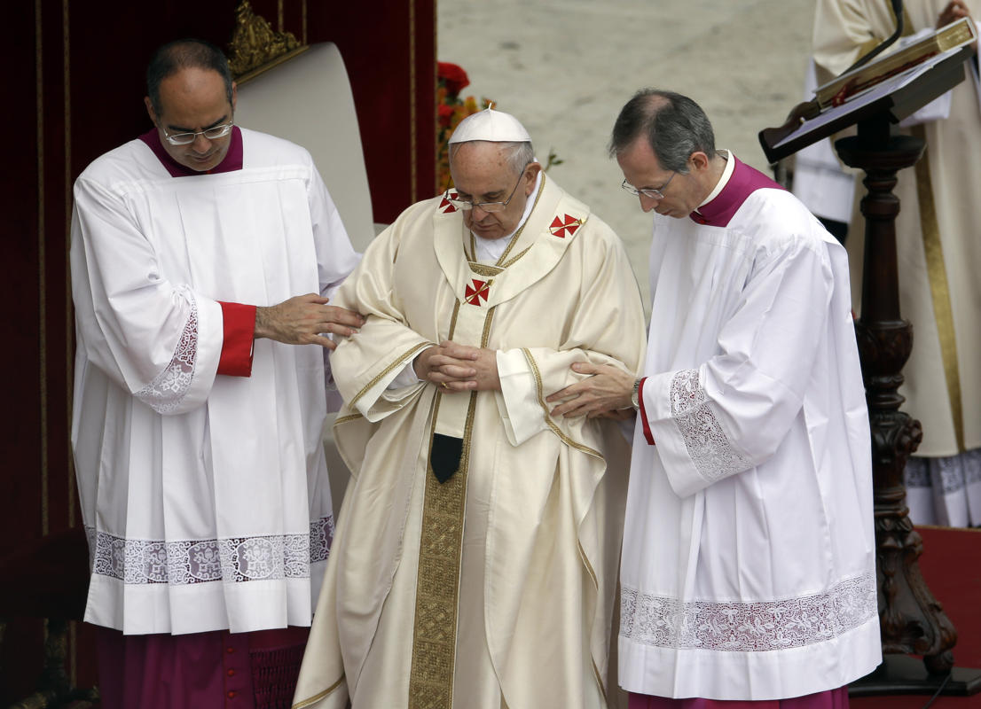 http://conggiao.info/pic/news/2014/Apr/27/PopeFrancis-27Apr2014-24.jpg