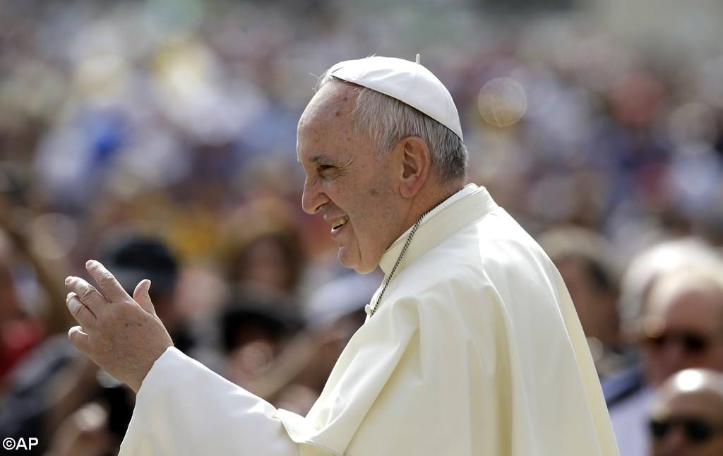 PopeFrancis-05May2015-2.jpg