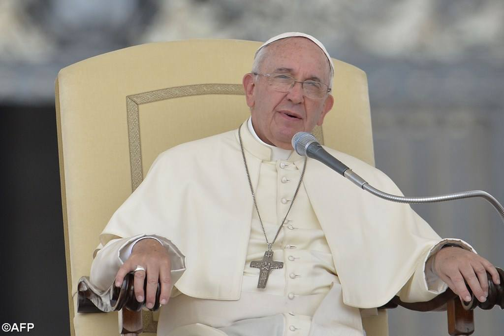 PopeFrancis-05May2015-9.jpg