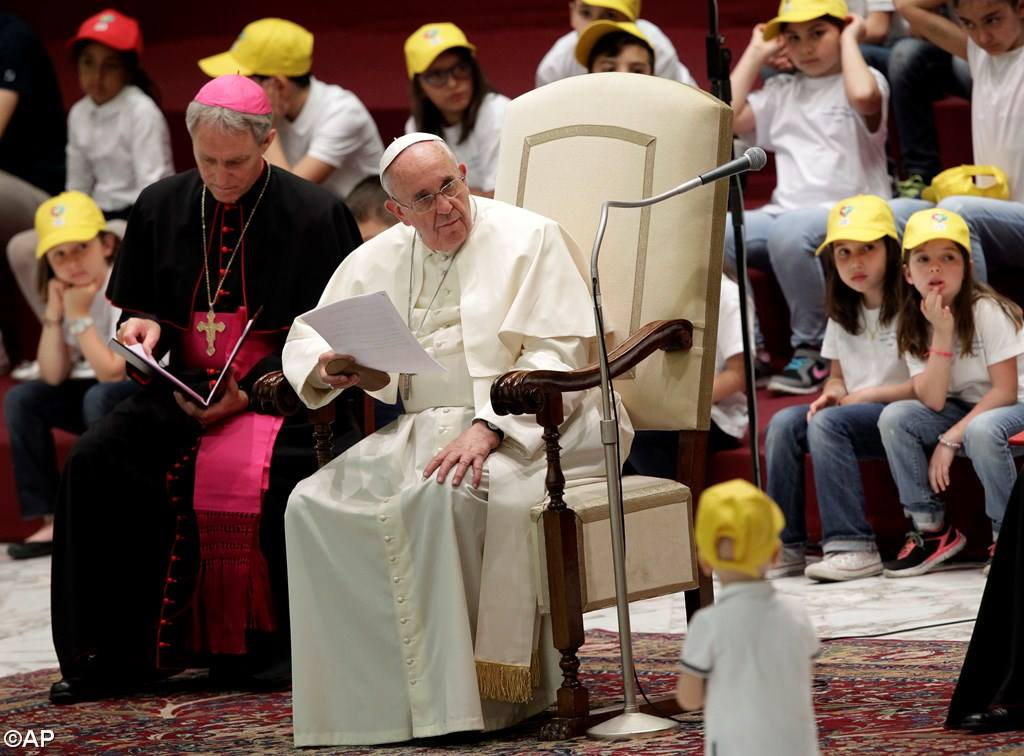 PopeFrancis-11May2015-6.jpg