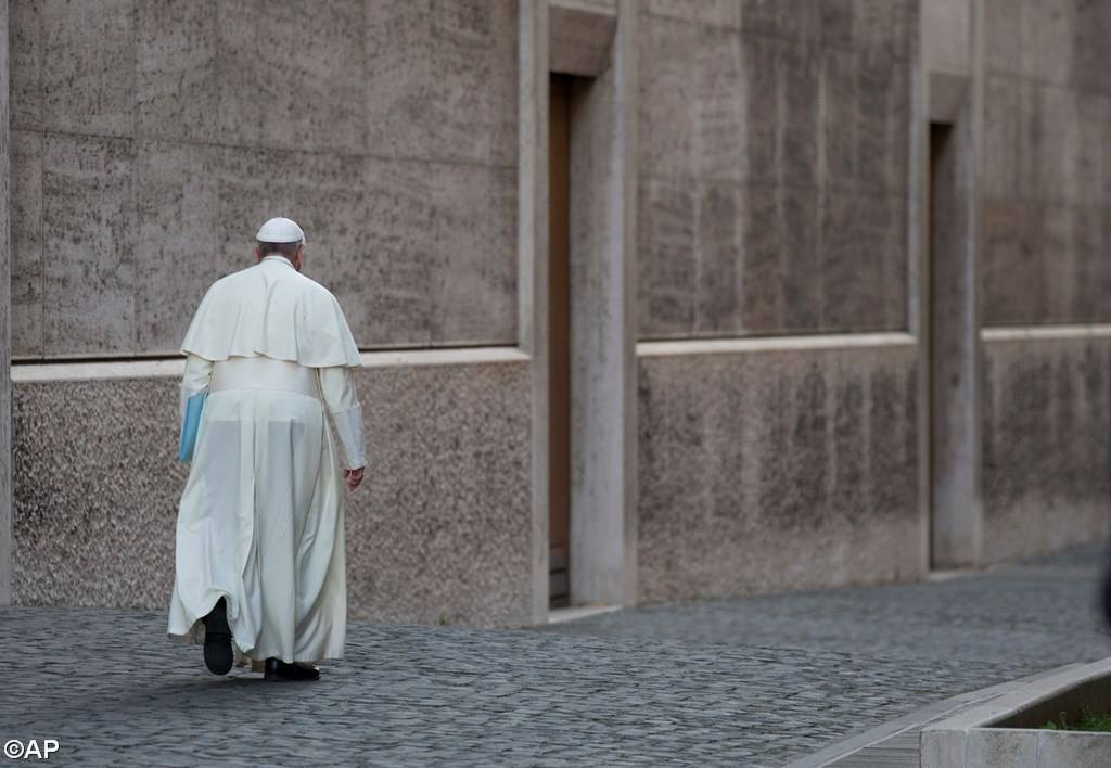 PopeFrancis-18May2015-6.jpg