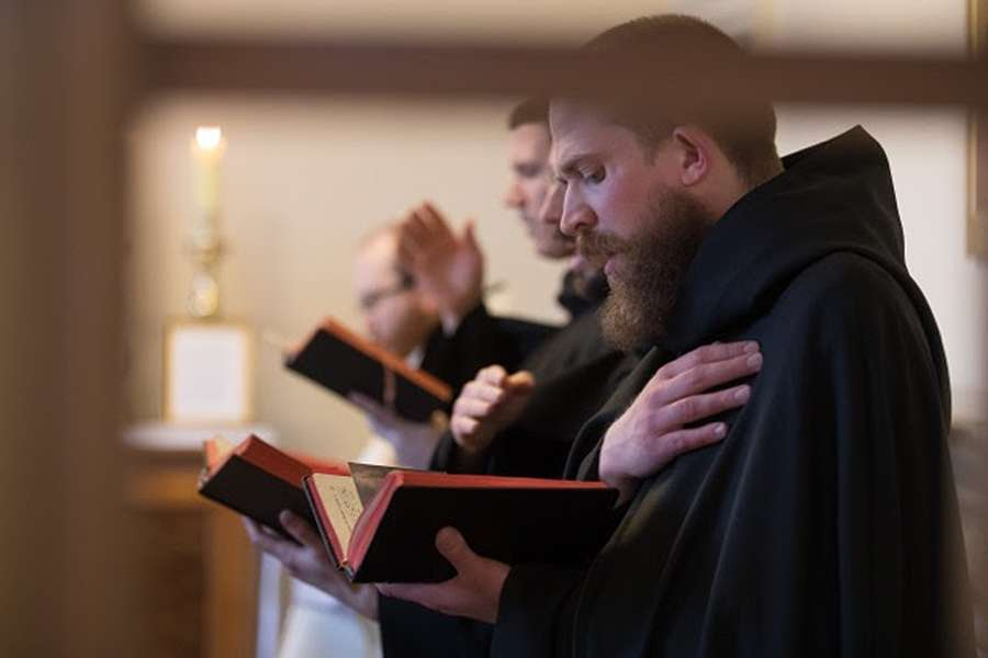 Benedictine_Monks_CNA.jpg