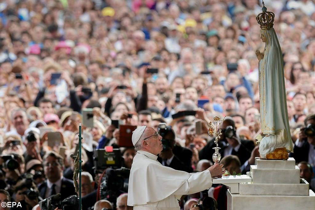 PopeFrancis-12May2017-11.jpg
