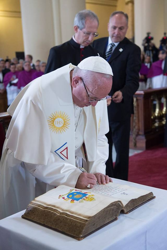 PopeFrancis-Colombia-53.jpg