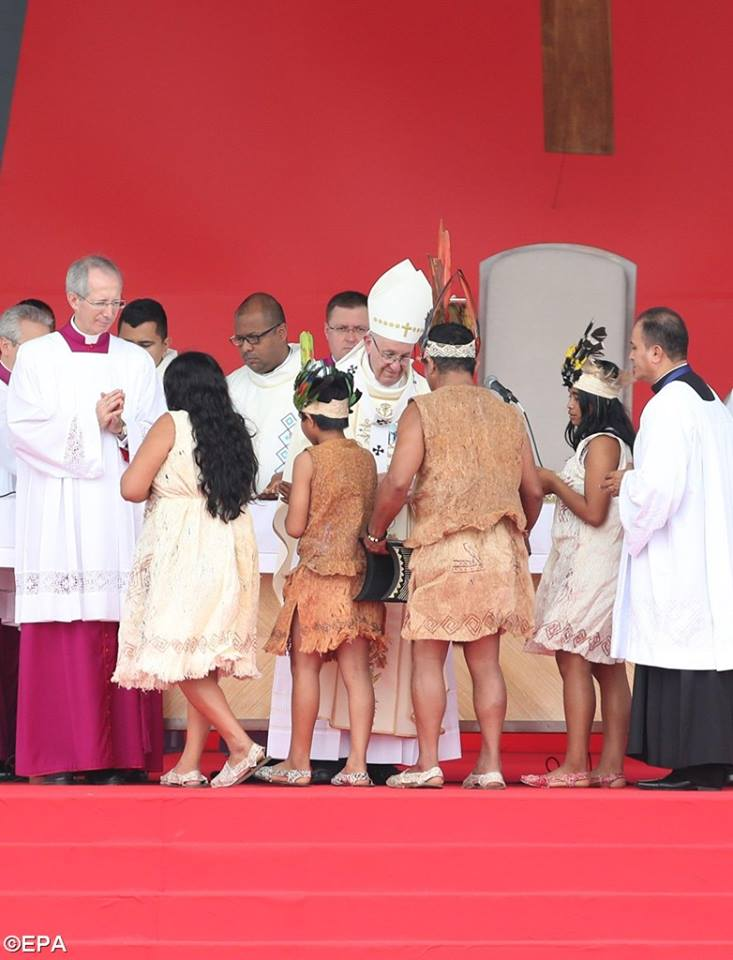 PopeFrancis-Colombia-11.jpg
