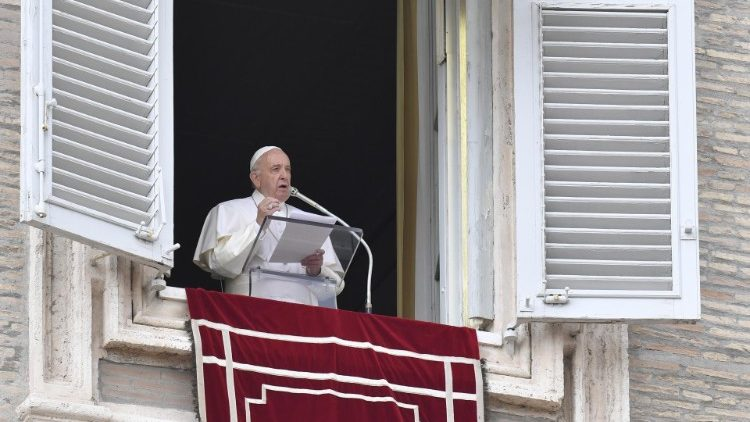 PopeFrancis_26May2019_01.jpg