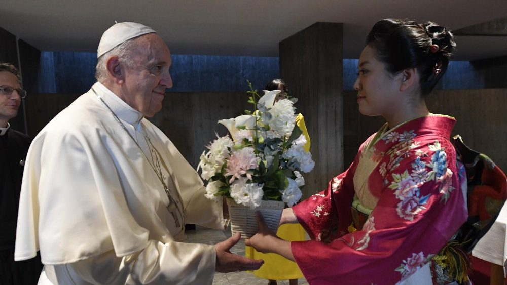 PopeFrancis_25Nov2019_07.jpg