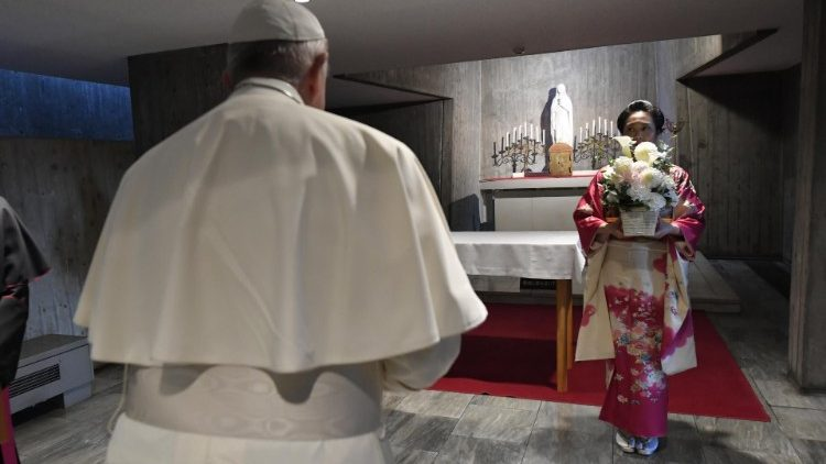 PopeFrancis_25Nov2019_08.jpg