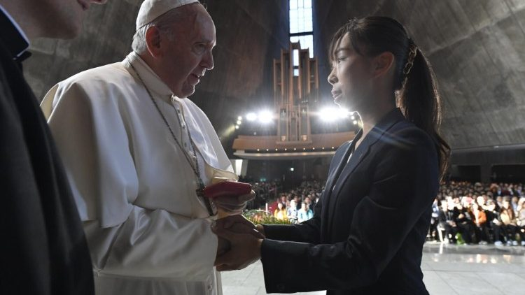 PopeFrancis_25Nov2019_12.jpg