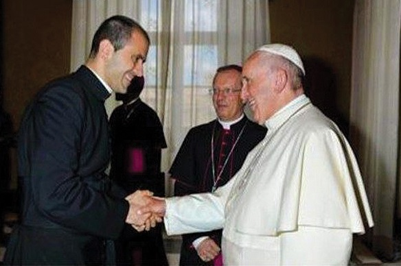 pope-francis-appoints-new-personal-secretary.jpg